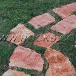 סלעים לגינה – עיצוב גינה באמצעות סלעים, אבנים ואלמנטים טבעיים