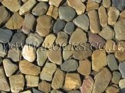 סלעים ואבנים בכפר הסלעים