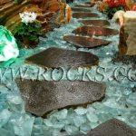 מגוון סלעים מעוצבים לגינה