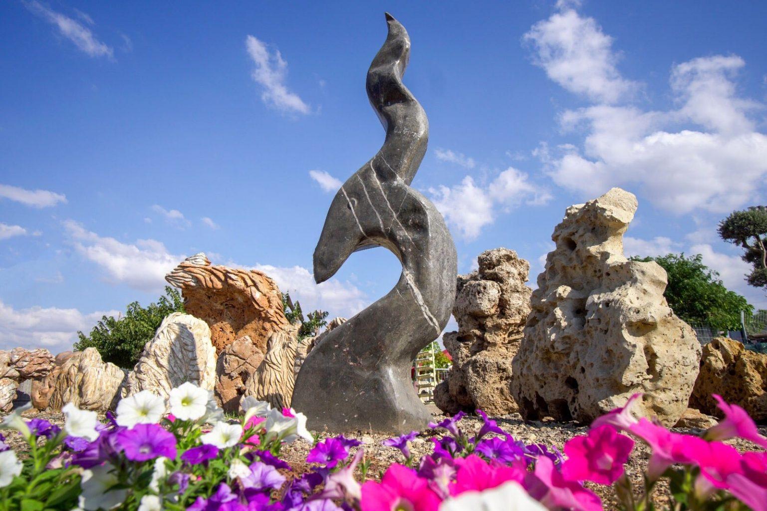 אומנות בסלע סלעים פיסול ליטוש אמן אומן לבית לחצר לגינה זול
