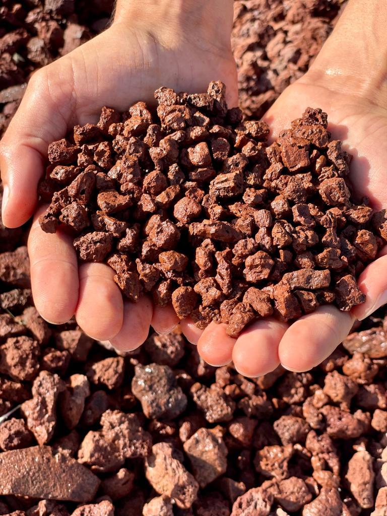טוף גרוס 4 20 חום לגינה