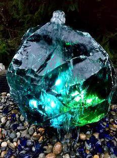 סלע זכוכית סלע למפל סלע לבריכה כפר הסלעים